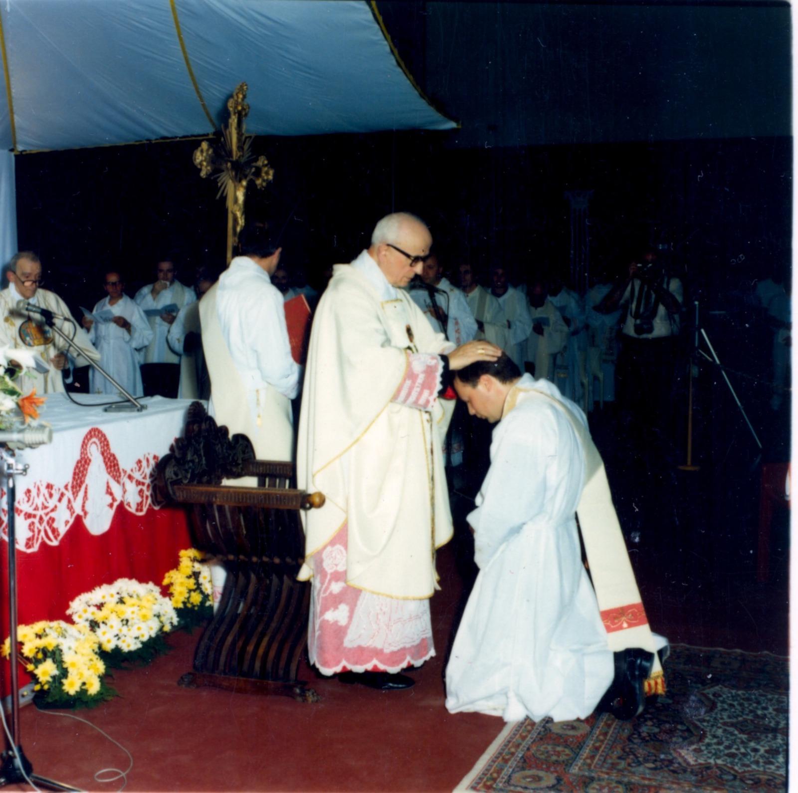 Anniversario ordinazione sacerdotale don Luca Ferrari